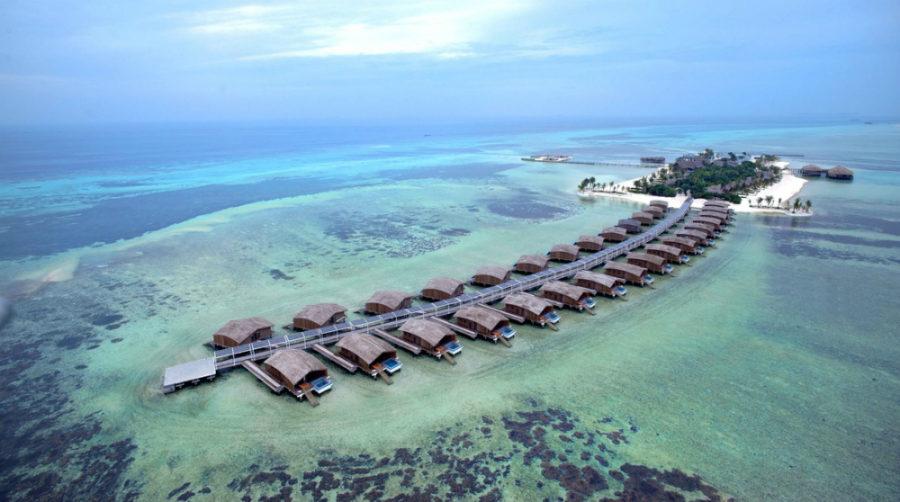 Finolhu Villas - World's Best Eco Resorts, Eco Hotels, Ecolodges, Eco Cabins and Eco Retreats - Flunking Monkey